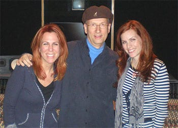 (L-R) Victoria Shaw, MusicRow Publisher David Ross and Jessie Farrell.
