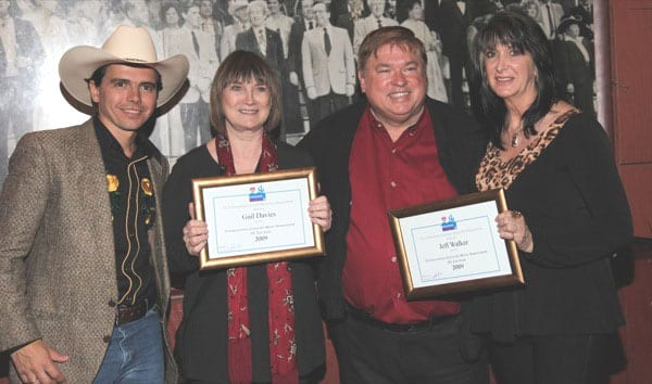 (L-R): Brazilian artist Rodrigo Haddad, singer/songwriter/producer Gail Davies, AristoMedia President Jeff Walker and international promoter Judy Seale. Photo: Patricia Presley