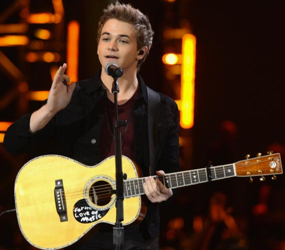 Hunter Hayes reveals nominees. Photo: Kevin Winter