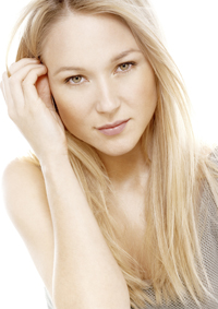 Jewel will host and perform.