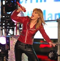 Taylor Swift on New Years Rockin Eve.