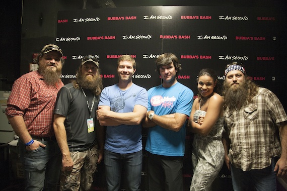 Pictured (L to R): Duck Dynasty's Justin Martin, Duck Dynasty's Jase Robertson, Josh Turner, Bubba Watson, Jordin Sparks and Duck Dynasty's Willie Robertson