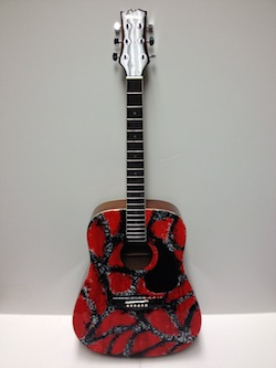 Guitar Auction Carrie Underwood (2)