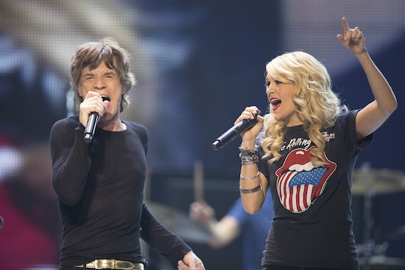 Carrie Underwood performs with The Rolling Stones. Photo: Christopher Wahl/Getty
