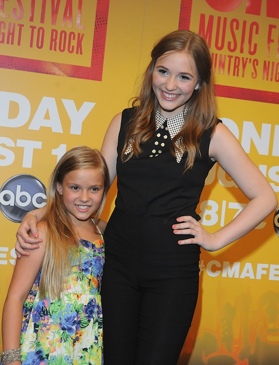 CMA Music Fest Lennon and Maisy