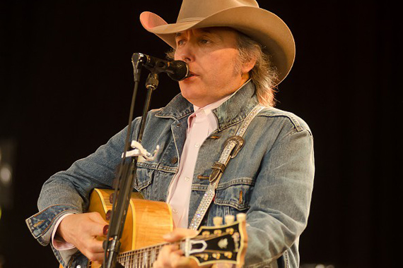 Dwight Yoakam. Photo: Nashville Scene.