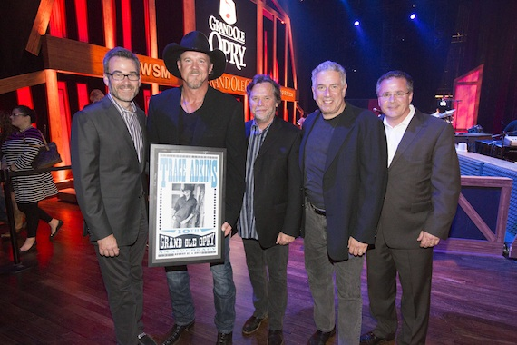 Trace Adkins 10th anniversary trade shot by Chris Hollo-8133 8-23-13111111