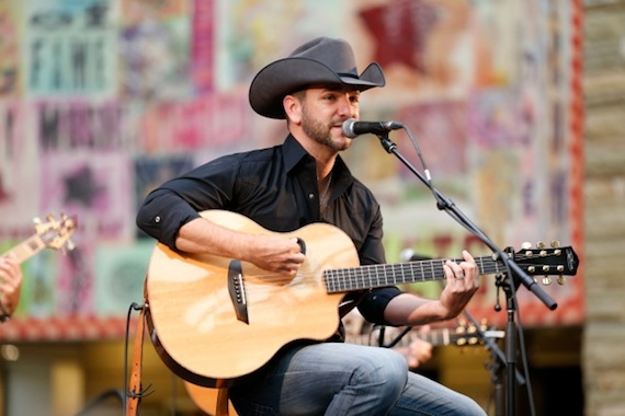 """Craig Campbell performs as part of the Country Music Hall of Fame's """"Hot Nights At The Hall"""" series."""