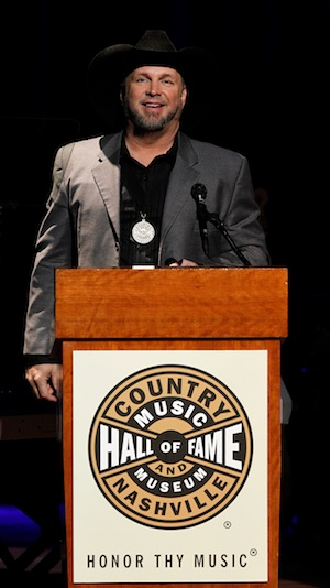Garth Brooks prepares to induct Kenny Rogers into the Country Music Hall of Fame - photo by Donn Jones.