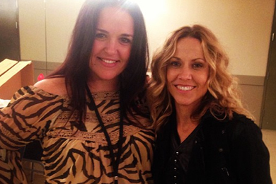 """Sheryl Crow (R) recently visited with 93Q's Christi Monson (L) at the station's New Faces of Country show, which featured Crow, Chris Stapleton, Jon Pardi, Drake White, Eric Paslay, and Brothers Osborne. Crow's latest WMG Nashville single is """"Callin' Me When I'm Lonely."""""""