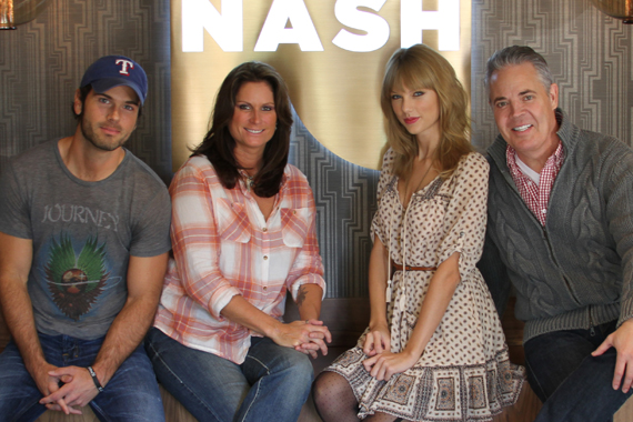 """Taylor Swift was honored by New York's NASH FM 94.7's America's Morning Show as their first in-studio guest. The superstar lands at No. 1 this week on the MusicRow Chart with her title track """"Red."""" Pictured (L-R): Chuck Wicks (AMS co-host), Terri Clark (AMS co-host), Swift, Blair Garner (AMS host.)"""