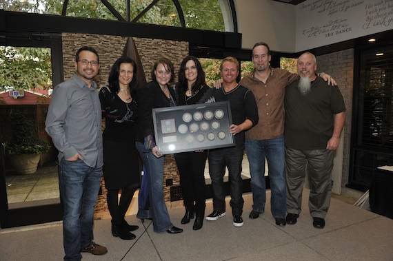 Pictured (L-R): Dave Brainard, Producer; Leslie Fram, SVP/Music Strategy, CMT; Emilie Marchbanks, Fitzgerald-Hartley; Brandy Clark; Shane McAnally, songwriter; Jim Burnett, Slate Creek Records; and John Marks, SiriusXMPhoto Credit: Freddy Breedon