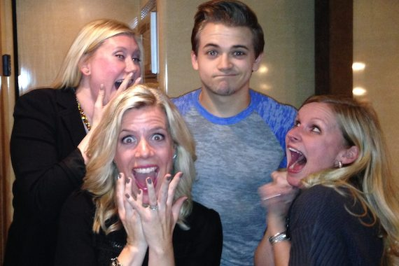 Hunter Hayes managed starstuck staff from WUSN and WMN stations during a recent Chicago stop on his CMT Let's Be Crazy Tour in promotion of his No.21 Atlantic/Warner Bros. single, featuring Jason Mraz. Pictured (L-R): WUSN's Liz Geerling, WMN's Katie Bright, Hunter Hayes, and WUSN's Marci Braun.