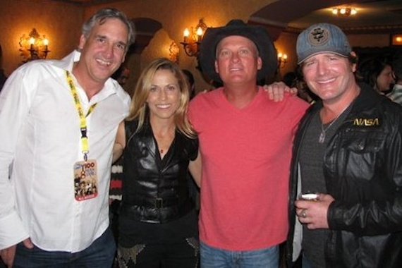"""Warner Bros./WMN recording artist Sheryl Crow recently shared the stage with Kevin Fowler and Jerrod Niemann, whose Arista Nashville single """"Drink To That All Night"""" lands at No. 42, for a recent performance for KCYY's Guitar Pull. Pictured (L-R): KCYY  PD Jeff Garrison, Sheryl Crow, Kevin Fowler and Jerrod Niemann"""