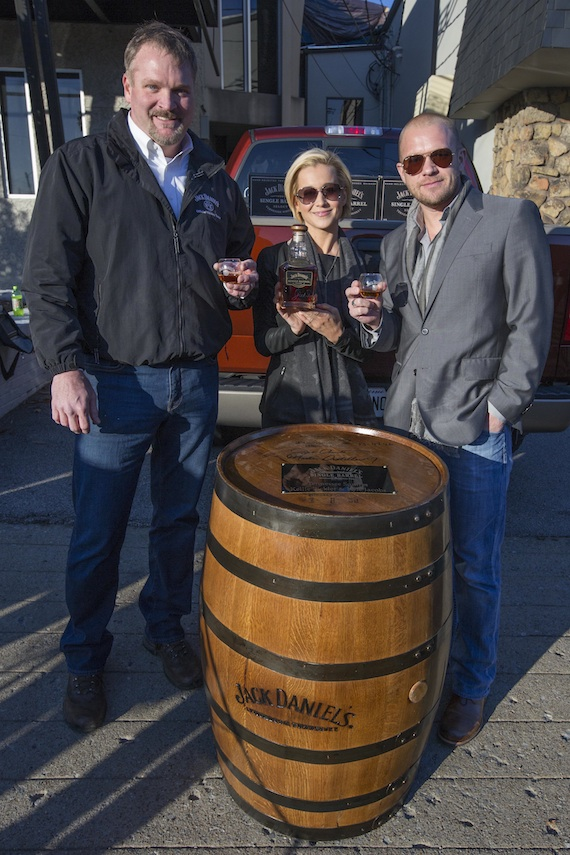 Pictured (L-R): Kellie Pickler, Kyle Jacobs, and Jack Daniels' Jeff Arnett.