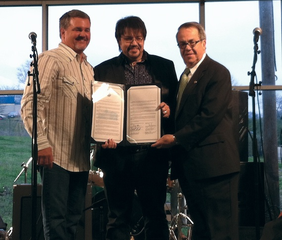 Jeff Bates is honored in his homestate of Mississippi.