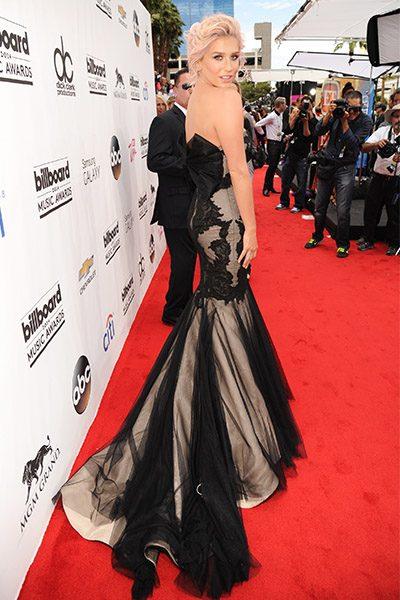 Kesha on the red carpet