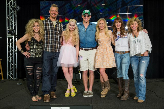 Pictured, left to right: Natalie Stovall, Pete King (Farm Kings), RaeLynn, Dan King (Farm Kings), Laura Bell Bundy, Jolie Sikes and Amie Sikes (Junk Gypsies). (Credit: Matt Blair