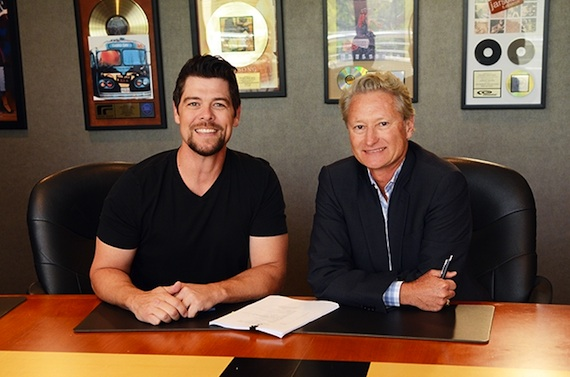 Pictured (L-R): Jason Crabb and Provident president/CEO Terry Hemmings. Photo: Provident