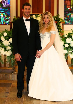 Kelly Clarkson Wedding.Updated Musicrowlife Kimberly Perry Kelly Clarkson
