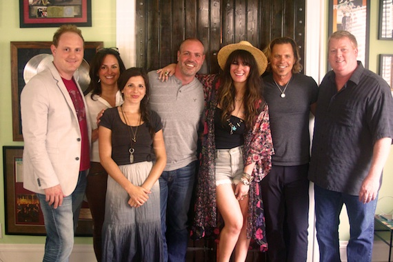 Bonagura (center) is pictured with her creative team at 3 Ring Circus [l to r]: [Davis Dirickson, PLLC partner R. Landon Dirickson, Esq., ASCAP Senior Creative Director LeAnn Phelan, 3 Ring Circus Music Director of A&R/Artist Management Casey LeVasseur, Franklin Publishing & Management President Darrell Franklin, Alyssa Bonagura, 3 Ring Circus Music President Jeffrey Steele, ASCAP Senior Creative Director Mike Sistad. Photo: Colin M Lewis - Stella Cadente ENT