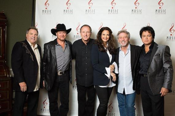 Pictures (L-R): Steve Gatlin, Tracy Lawrence, Rudy Gatlin, Lynda Carter, Larry Gatlin and Jessie Lee Jones.