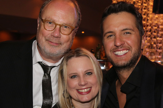 "Pictured (L-R): UMG Nashville Chairman and CEO Mike Dungan, UMG Nashville President Cindy Mabe and Luke Bryan (ACM Entertainer of the Year and Vocal Event of the Year ""This Is How We Roll"" with Florida Georgia Line). Photo: Alan Poizner"