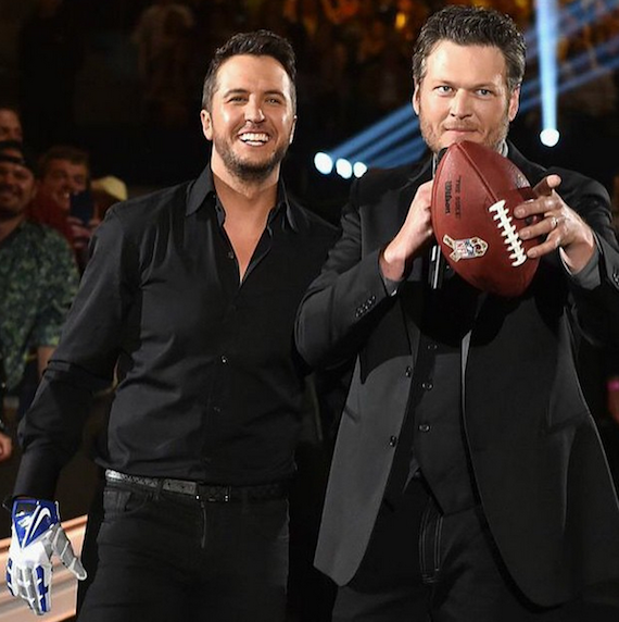 Co-hosts Luke Bryan and Blake Shelton are ready to take on Tony Romo.