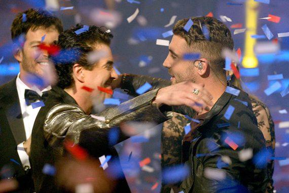 Scott Borchetta (L), Nick Fradiani (R). Photo: Kevork Djansezian.