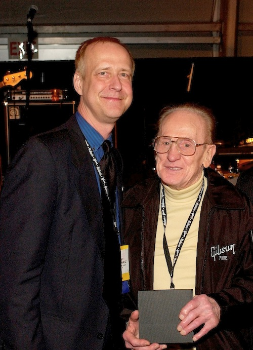 (L-R): Henry Juszkiewicz and Les Paul