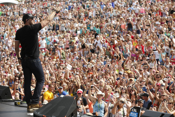 Fans pack the Chevrolet Riverfront Stage during Chase Rice's performance Friday. For the first time in Festival history, Riverfront Park hit capacity crowds with 25,000 attendees during Saturday at the 2015 CMA Music Festival. Photo: John Russell/CMA
