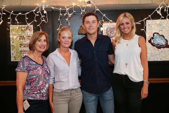 L-R: Beth Moore, Director of Community Development at Vanderbilt University; Tiffany Moon, ACM EVP/Managing Director; Scotty McCreery; Hannah Martin, ACM Lifting Lives Manager