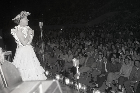 Minnie Pearl performs on the Grand Ole Opry. Photo: CMHoF/Elmer Williams Collection