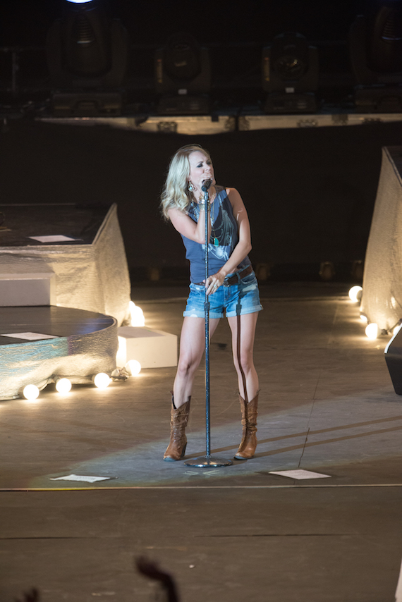 Carrie Underwood rocks the Watershed crowd