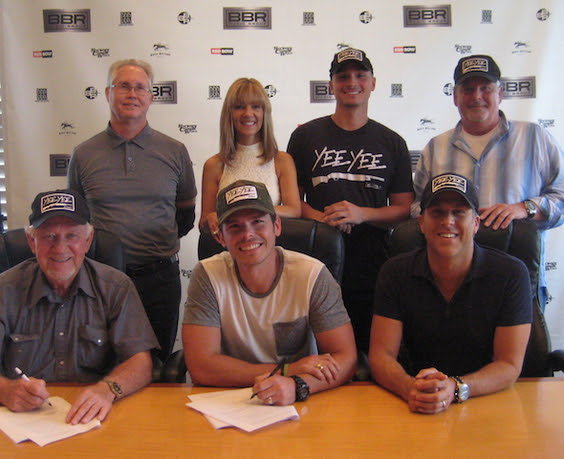 Pictured (L-R):  Top Row:  BBR Music Group's Rick Shedd and Teddi Bonadies; Tyler Smith, Manager, TS Management, LLC, BBR Music Group's Carson James.  Bottom Row: BBR Music Group's Benny Brown; Granger Smith; BBR Music Group's Jon Loba)