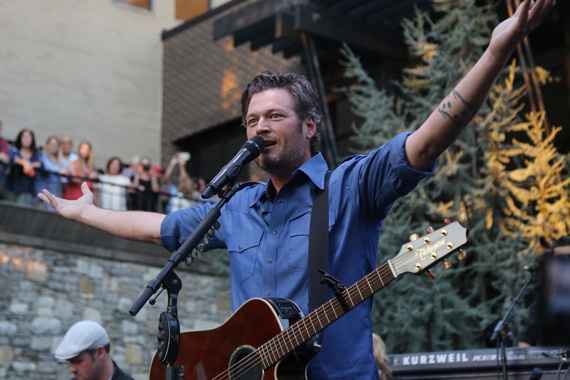 Blake Shelton brought music back to the Row for the final installment of Warner Music Nashville's Pickin' on the Patio 2015. Thousands of people filled the streets to celebrate with the reigning five-time CMA Vocalist of the Year. Shelton performed an hour long set that included many of his 20 No. 1 singles, all featured on his forthcoming album Reloaded: 20 #1 Hits due October 23. Photo: Alan Poizner