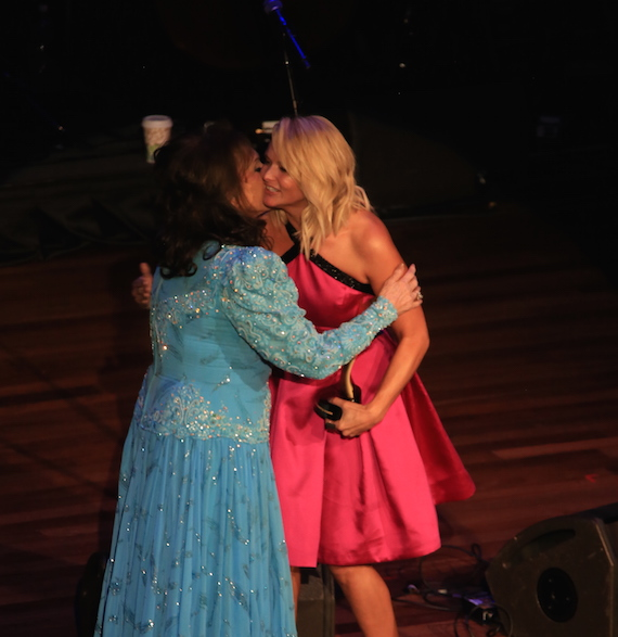 Miranda Lambert honors Loretta Lynn. Photo: Bev Moser, Moments By Moser.