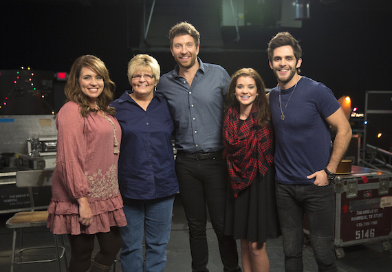 Pictured (L-R): Kinsee's mother, Holly; grandmother, Sandra; Brett Eldredge; Kinsee; and Thomas Rhett. Photo: Dusty Draper / CMA