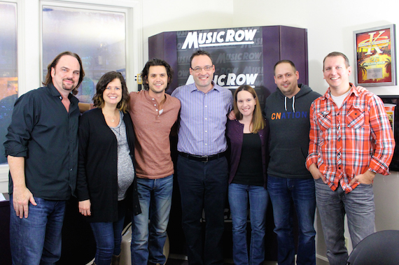 Steve Moakler visits with MusicRow staff.