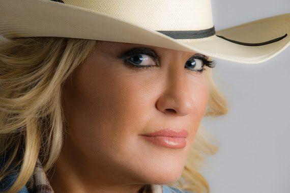 Tanya Tucker To Kick Off Holiday Festivities At Country