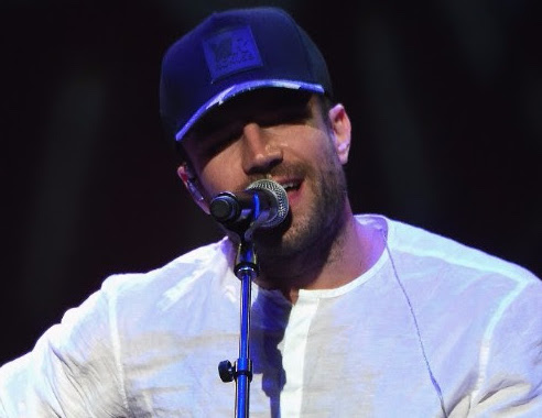 "Sam Hunt performance of ""Girl Crush."" Photo: Rick Diamond, Getty Images"