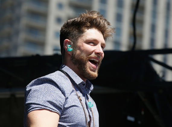 """LAS VEGAS, NEVADA - APRIL 02: Singer Chris Lane performs onstage at the 4th ACM Party for a Cause Festival at the Las Vegas Festival Grounds on April 2, 2016 in Las Vegas, Nevada. (Photo by Isaac Brekken/Getty Images for ACM)"""