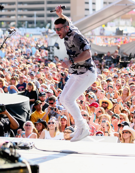 """""""LAS VEGAS, NEVADA - APRIL 03: Singer Sam Hunt performs onstage during the 4th ACM Party For A Cause Festival at the Las Vegas Festival Grounds on April 3, 2016 in Las Vegas, Nevada. (Photo by Mark Davis/Getty Images for ACM)"""""""