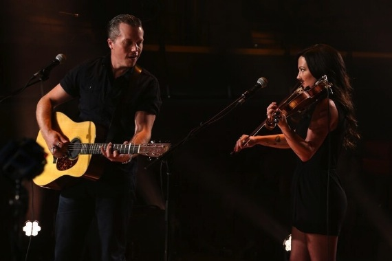 Jason Isbell and Amanda Shires perform a live streamed concert for Chicago's Congress Park. PRNewsFoto/Tennessee Department of Tourist