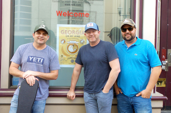 Pictured (L-R) The Peach Pickers members Rhett Akins, Ben Hayslip and Dallas Davidson