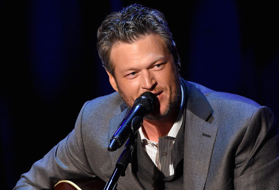 Blake Shelton performs at the Country Music Hall of Fame and Museum