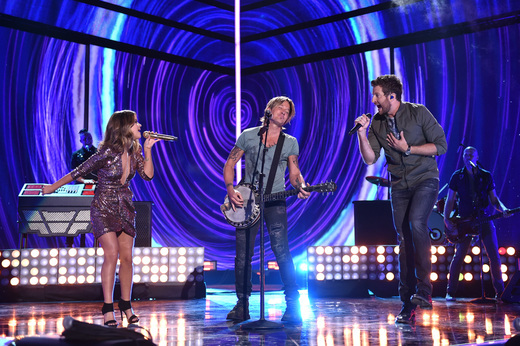 """Keith Urban performs """"Wasted Time"""" with Maren Morris and Brett Eldredge."""