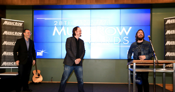 Pictured (L-R): Craig Shelburne, General Manager, MusicRow; Sherod Robertson, Owner/Publisher, MusicRow; Dave Cobb. Photo: Moments By Moser