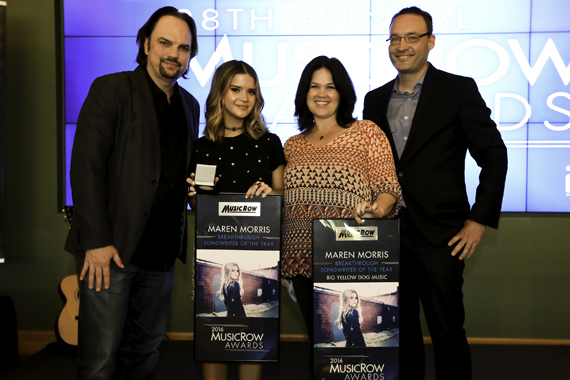 Pictured (L-R): Sherod Robertson, Maren Morris, Carla Wallace, Craig Shelburne. Photo: Moments by Moser