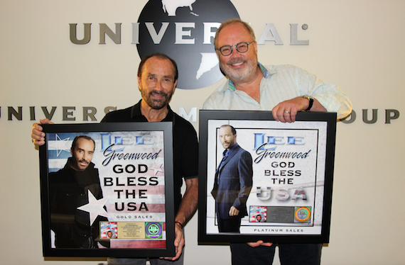 Pictured (L-R): Lee Greenwood and Mike Dungan (Chairman & CEO of Universal Music Group Nashville)